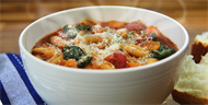 Spinach and Tomato Pasta Soup