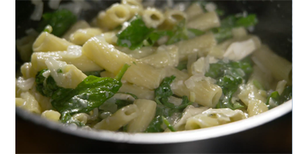 Rigatoni with Goats Cheese and Spinach